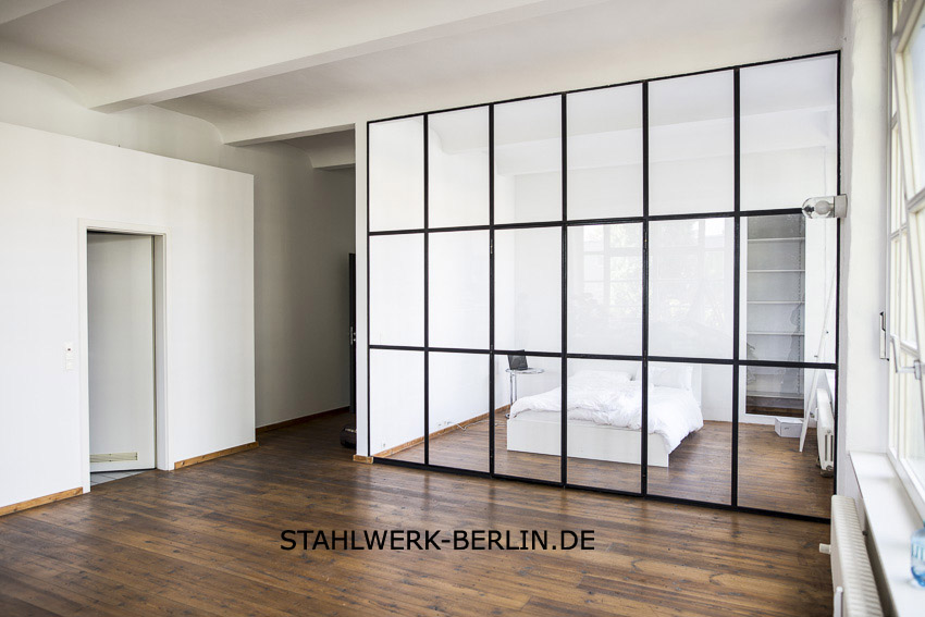 stahl glas trennwand raumteiler stahlwerk berlin. Black Bedroom Furniture Sets. Home Design Ideas