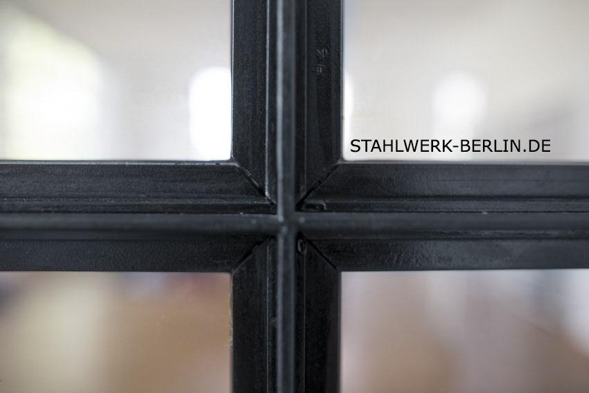 Stahl-Glas-Trennwand-Raumteiler-4848